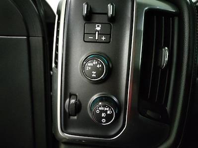 2016 Chevrolet Silverado 1500 Crew Cab 4x4, Pickup #9R1945 - photo 13