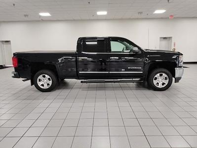 2016 Chevrolet Silverado 1500 Crew Cab 4x4, Pickup #9R1945 - photo 6