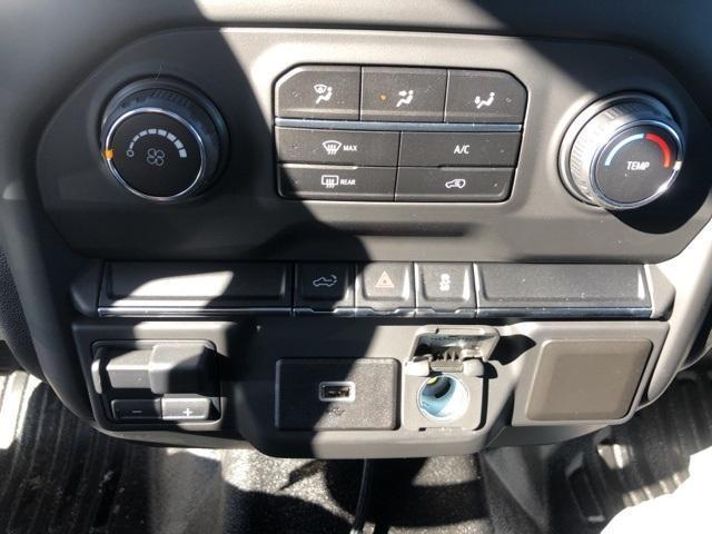 2020 Chevrolet Silverado 2500 Regular Cab 4x4, Pickup #FR4147 - photo 28