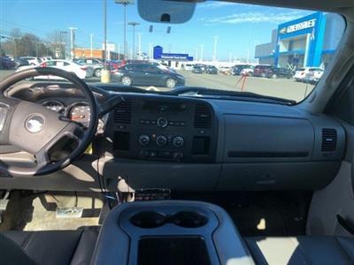 2011 Chevrolet Silverado 2500 Extended Cab 4x4, Pickup #FR4147A - photo 27