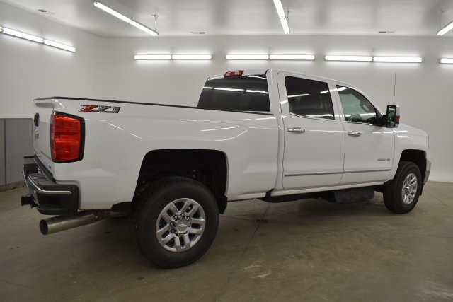 2019 Silverado 3500 Crew Cab 4x4,  Pickup #143625 - photo 11