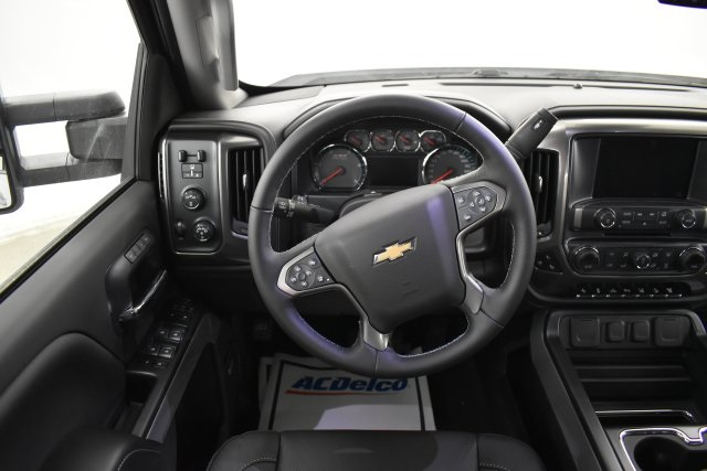 2019 Silverado 3500 Crew Cab 4x4,  Pickup #143625 - photo 13