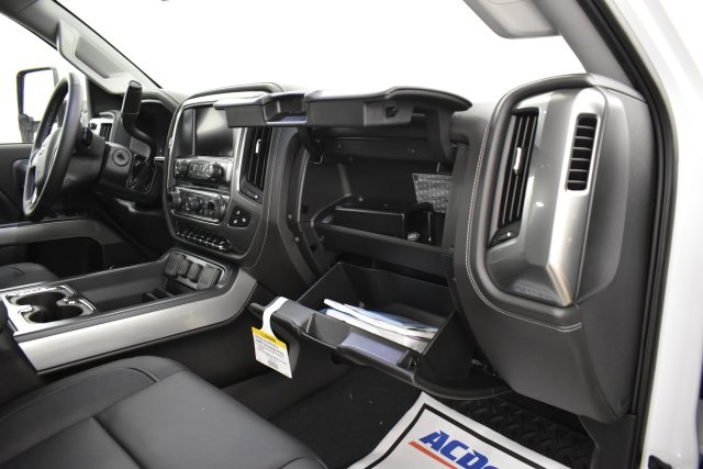 2019 Silverado 3500 Crew Cab 4x4,  Pickup #143625 - photo 33