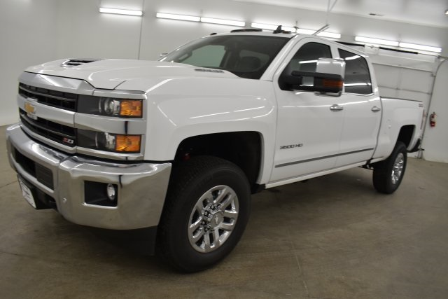 2019 Silverado 3500 Crew Cab 4x4,  Pickup #143625 - photo 6