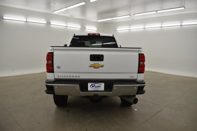 2019 Silverado 3500 Crew Cab 4x4,  Pickup #143625 - photo 10