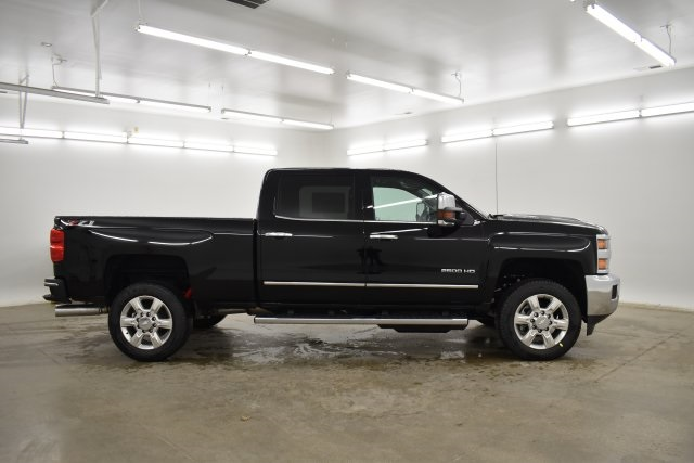 2019 Silverado 2500 Crew Cab 4x4,  Pickup #201067 - photo 12