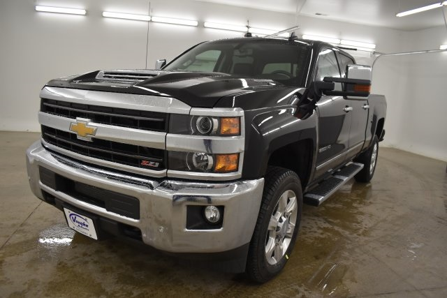 2019 Silverado 2500 Crew Cab 4x4,  Pickup #201067 - photo 5