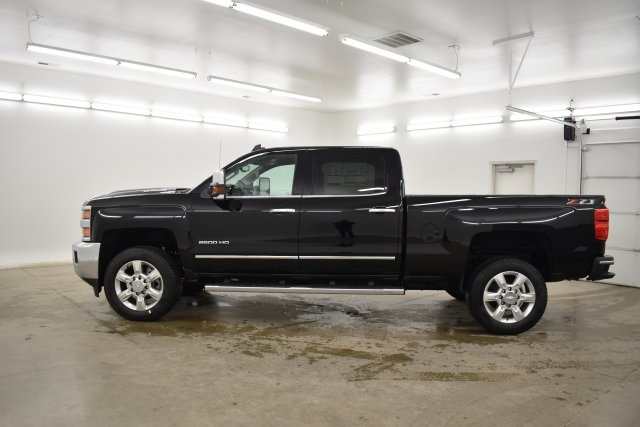 2019 Silverado 2500 Crew Cab 4x4,  Pickup #201067 - photo 7