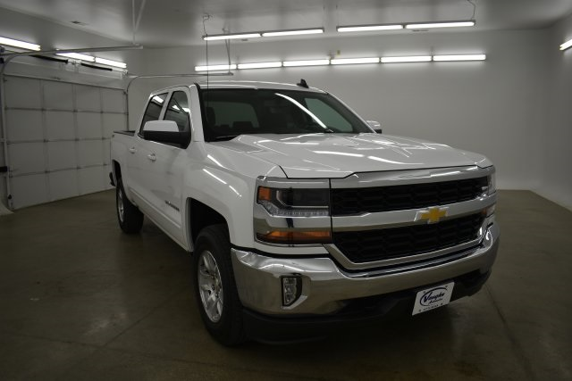 2018 Silverado 1500 Crew Cab 4x4,  Pickup #389333 - photo 3