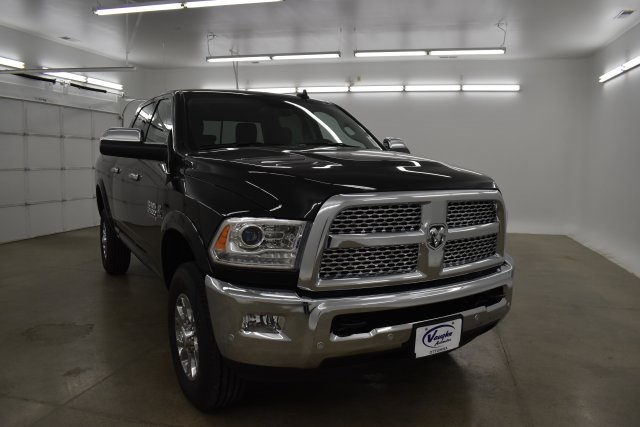2018 Ram 2500 Crew Cab 4x4,  Pickup #C290035 - photo 3