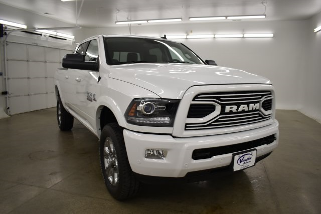2018 Ram 2500 Crew Cab 4x4,  Pickup #C303606 - photo 3