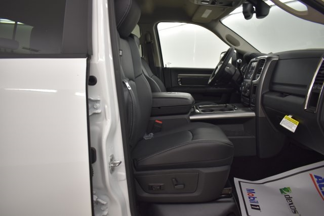 2018 Ram 2500 Crew Cab 4x4,  Pickup #C303606 - photo 30