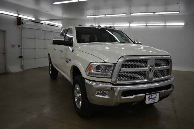 2018 Ram 2500 Crew Cab 4x4,  Pickup #C309688 - photo 3