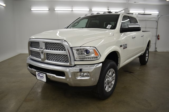 2018 Ram 2500 Crew Cab 4x4,  Pickup #C309688 - photo 5