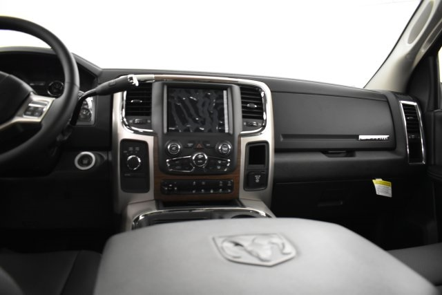 2018 Ram 2500 Crew Cab 4x4,  Pickup #C309689 - photo 14