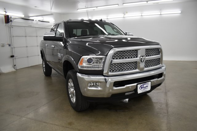2018 Ram 2500 Crew Cab 4x4,  Pickup #C309689 - photo 3