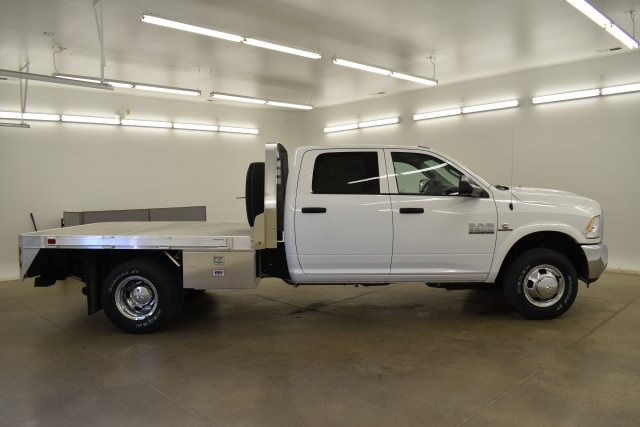 2018 Ram 3500 Crew Cab DRW 4x4,  Platform Body #C312743 - photo 12