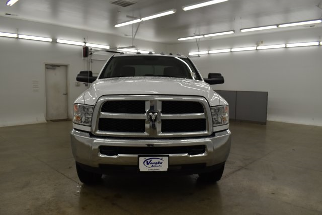2018 Ram 3500 Crew Cab 4x4,  Pickup #C374302 - photo 5