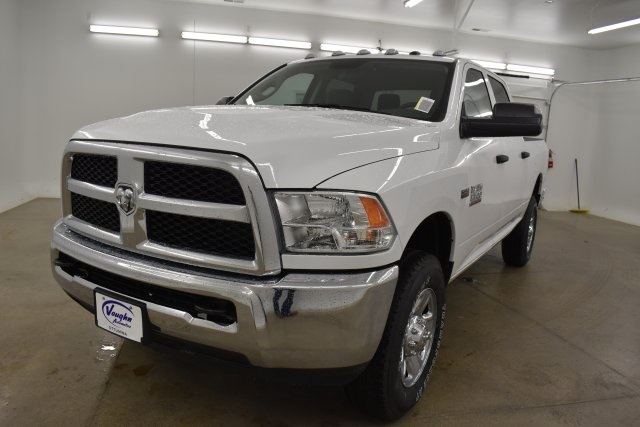 2018 Ram 3500 Crew Cab 4x4,  Pickup #C374302 - photo 4