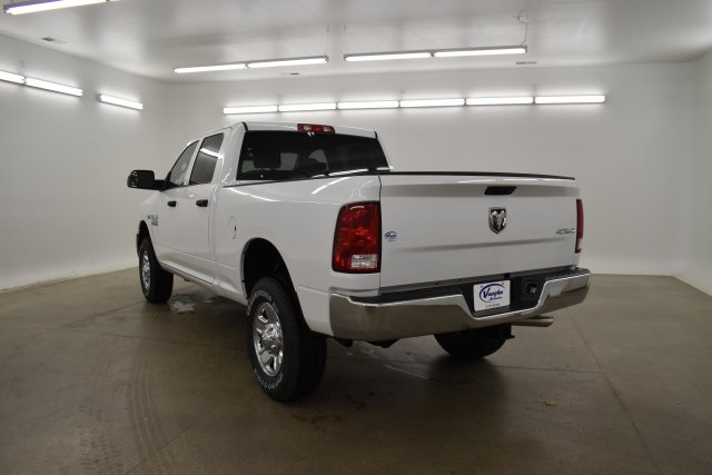 2018 Ram 3500 Crew Cab 4x4,  Pickup #C374302 - photo 9