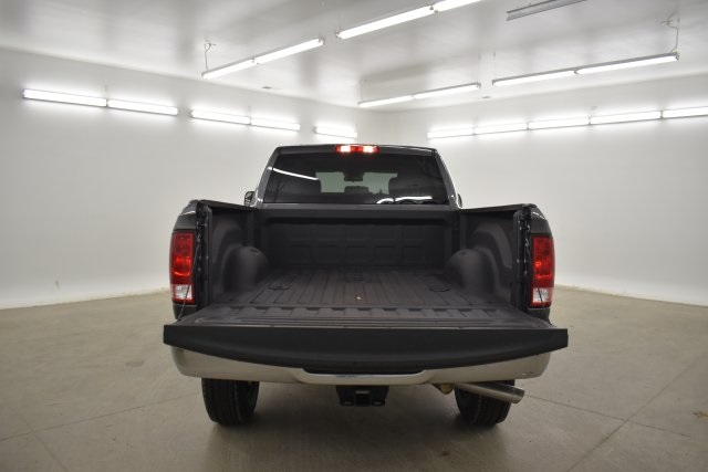 2018 Ram 3500 Crew Cab 4x4,  Pickup #C384711 - photo 25