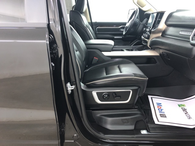 2019 Ram 1500 Crew Cab 4x4,  Pickup #C517481 - photo 30