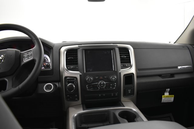 2019 Ram 1500 Crew Cab 4x4,  Pickup #C534469 - photo 14