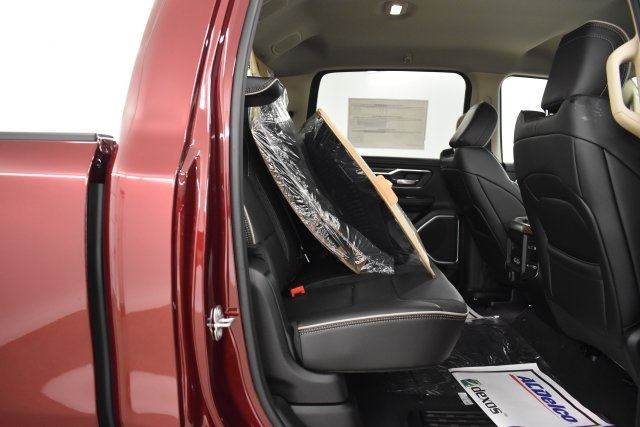 2019 Ram 1500 Crew Cab 4x4,  Pickup #C577779 - photo 34