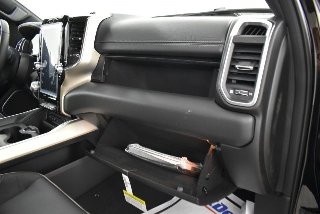 2019 Ram 1500 Crew Cab 4x4,  Pickup #C610019 - photo 32