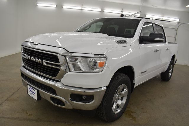 2019 Ram 1500 Crew Cab 4x4,  Pickup #C659352 - photo 4
