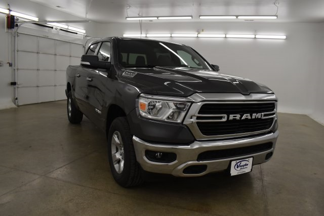 2019 Ram 1500 Crew Cab 4x4,  Pickup #C659355 - photo 4