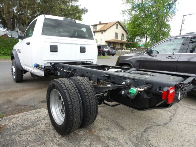 2017 Ram 5500 Regular Cab DRW 4x4,  Cab Chassis #T17138 - photo 2