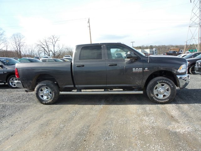 2018 Ram 3500 Crew Cab 4x4,  Pickup #T18137 - photo 3