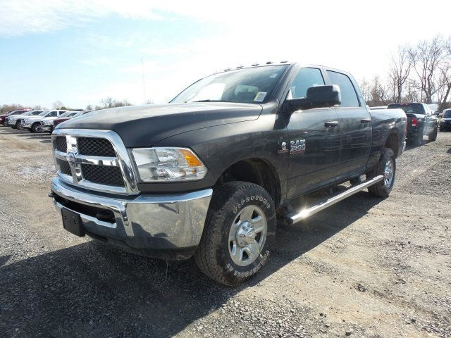 2018 Ram 3500 Crew Cab 4x4,  Pickup #T18137 - photo 5