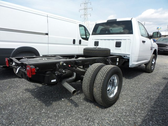 2018 Ram 3500 Regular Cab DRW 4x4,  Cab Chassis #T18193 - photo 2