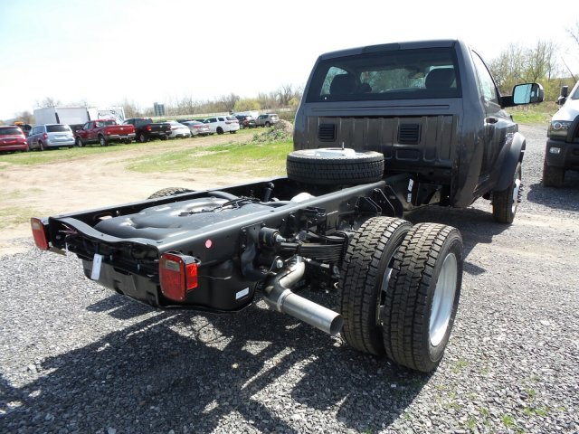 2018 Ram 5500 Regular Cab DRW 4x4,  Cab Chassis #T18199 - photo 2