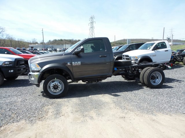 2018 Ram 5500 Regular Cab DRW 4x4,  Cab Chassis #T18199 - photo 6
