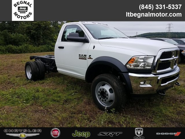 2018 Ram 5500 Regular Cab DRW 4x4,  Cab Chassis #T18279 - photo 3