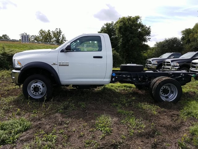 2018 Ram 5500 Regular Cab DRW 4x4,  Cab Chassis #T18326 - photo 5