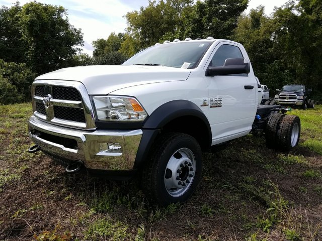 2018 Ram 5500 Regular Cab DRW 4x4,  Cab Chassis #T18326 - photo 6