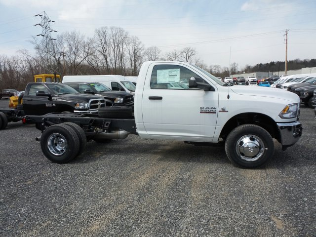 2018 Ram 3500 Regular Cab DRW 4x4,  Cab Chassis #T1846 - photo 3