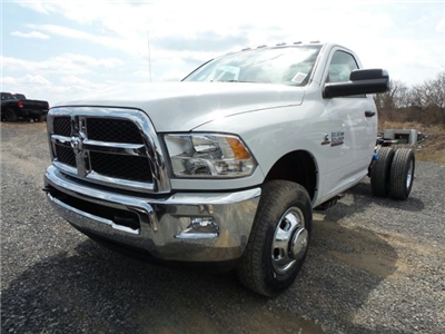 2018 Ram 3500 Regular Cab DRW 4x4,  Cab Chassis #T1846 - photo 6
