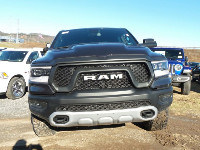 2019 Ram 1500 Crew Cab 4x4,  Pickup #T19107 - photo 4
