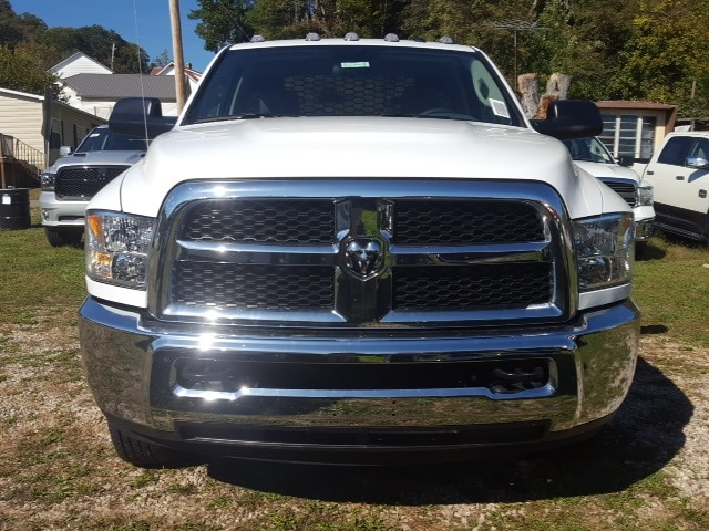 2018 Ram 3500 Regular Cab DRW 4x4,  Knapheide Platform Body #C18094 - photo 6