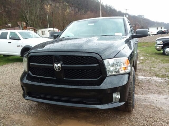2018 Ram 1500 Crew Cab 4x4,  Pickup #C18330 - photo 4