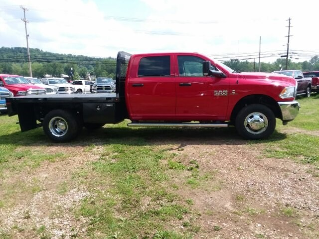 2018 Ram 3500 Crew Cab DRW 4x4,  Platform Body #C18376 - photo 9
