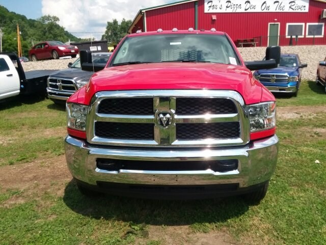 2018 Ram 3500 Crew Cab DRW 4x4,  Platform Body #C18376 - photo 5