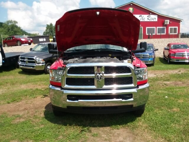 2018 Ram 3500 Crew Cab DRW 4x4,  Platform Body #C18376 - photo 6