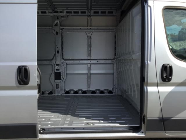 2018 ProMaster 2500 High Roof FWD,  Empty Cargo Van #C18497 - photo 12