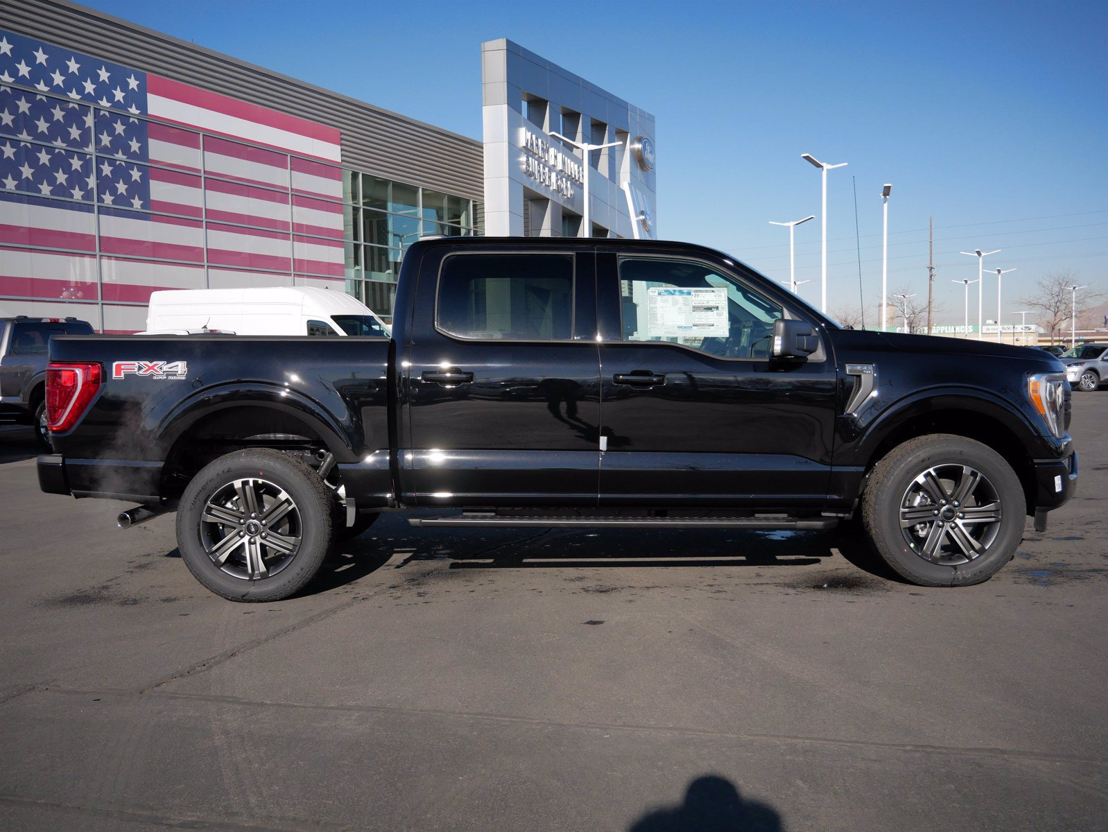 2021 Ford F-150 SuperCrew Cab 4x4, Pickup #24006 - photo 3